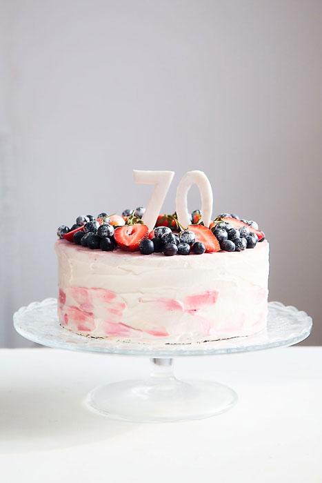 Сборка 3 ярусного торта фото 3
